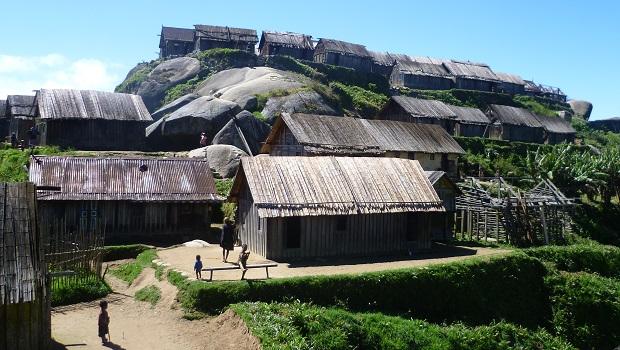 Les maisons en bois des Zafimaniry