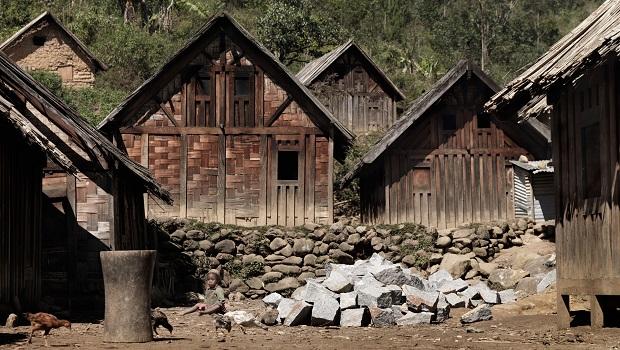maison en bois zafimaniry 2