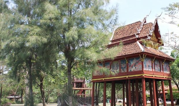maison pilotis thai