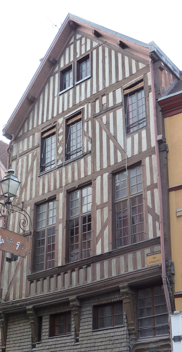 maisons à colobages troyes (2)