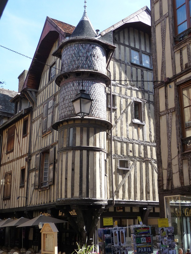 maisons à colobages troyes (6)