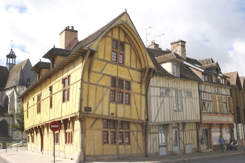 maisons à colombages troyes