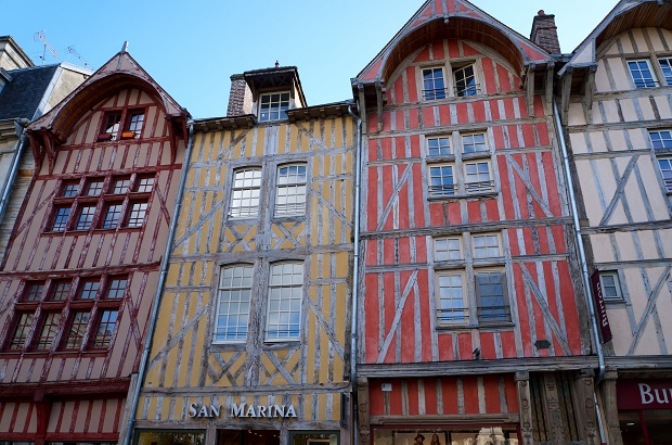 maisons à colobages troyes