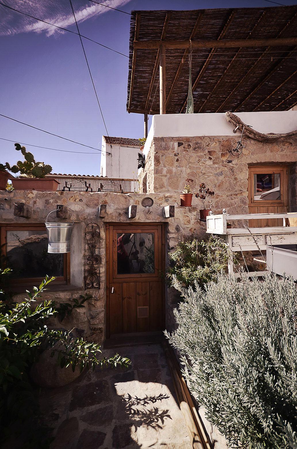 R novation d 39 une vieille ruine en pierre en une maison romantique - Renovation vieille maison pierre ...