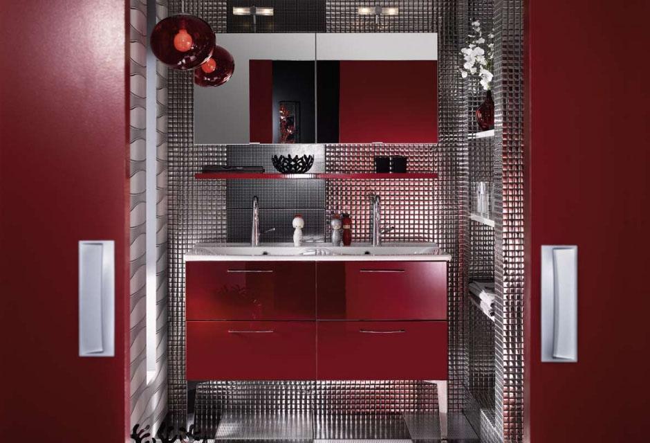 salle de bains brillante et unique (4)