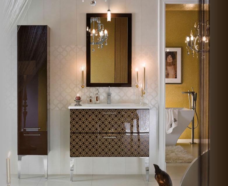 salle de bains brillante et unique (7)