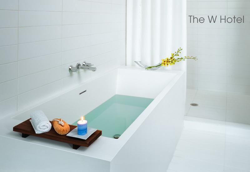 Les formes pures des salles de bains de luxe for Salle bain luxe