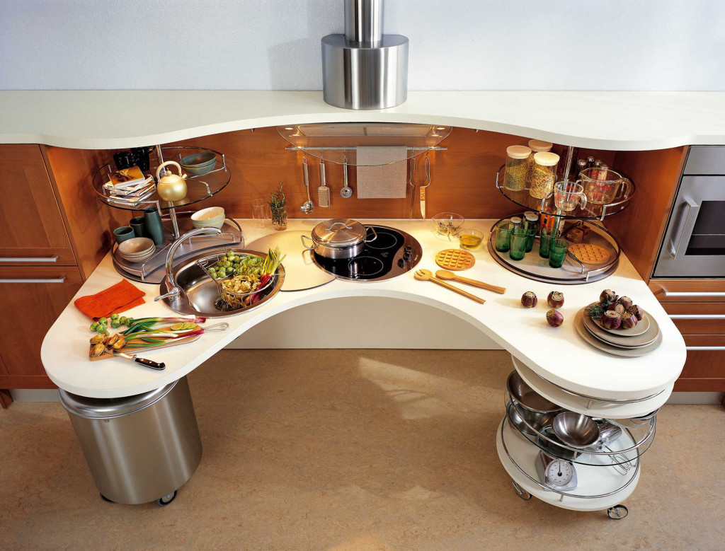 une cuisine moderne et ergonomique adapt e aux personnes en fauteuil roulant. Black Bedroom Furniture Sets. Home Design Ideas