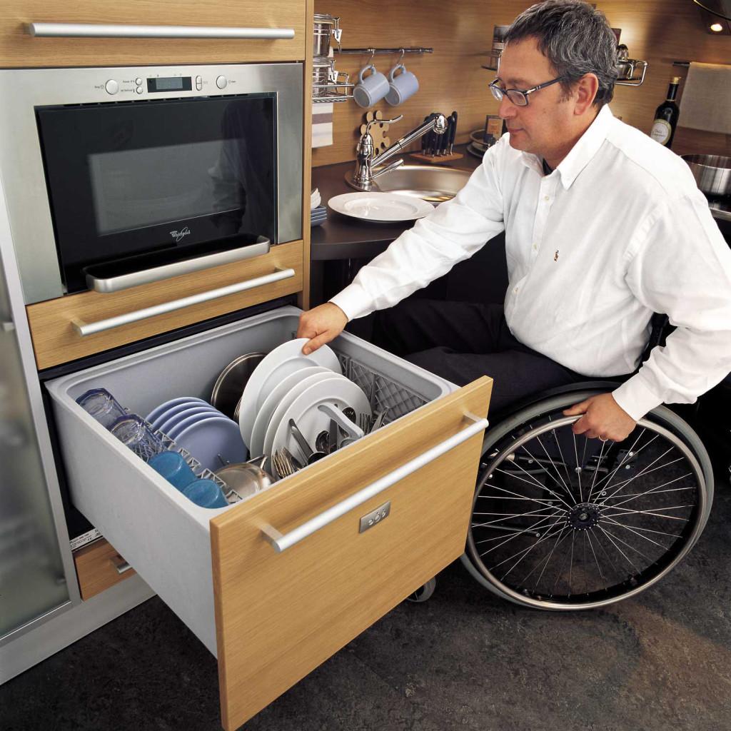 superbe cuisine personne fauteuil roulant (8)