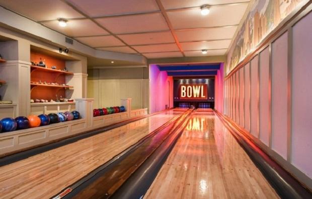 bowling lady gaga 2