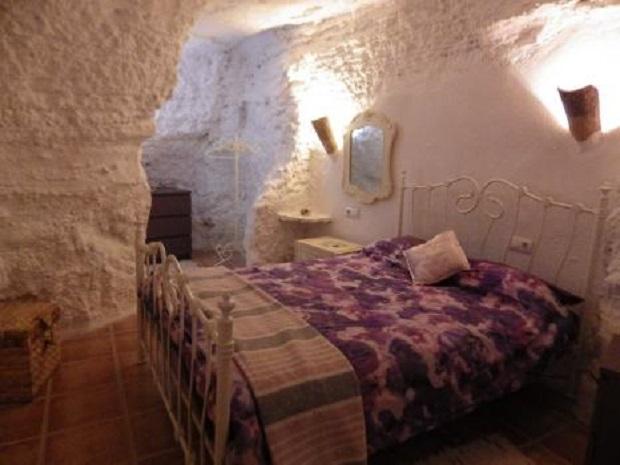 Les maisons troglodytes d 39 andalousie - Chambre troglodyte saumur ...