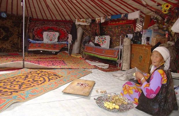 Yourte mongole : maison des nomades en Chine