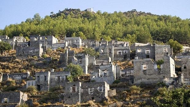 Kayaköy : une ville fantôme grecque en Turquie