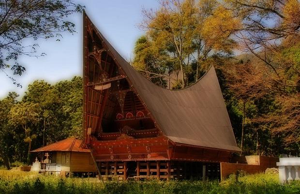maisons traditionnelles indonésie