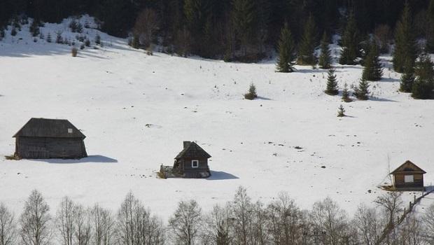 maison traditionnelle roumanie neamt 10