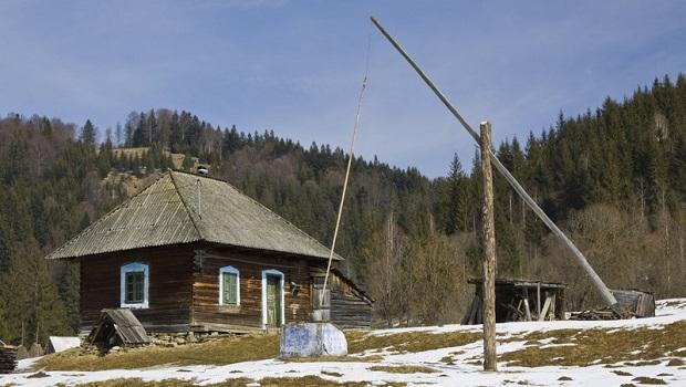 L'architecture traditionnelle roumaine dans le Judet de Neamt : village de Bicajelul de Jos