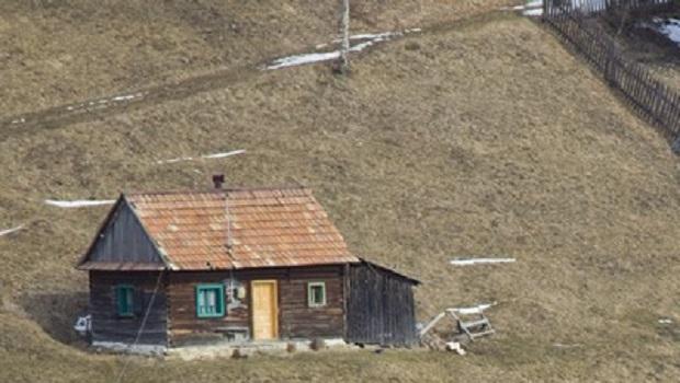 maison traditionnelle roumanie neamt 3