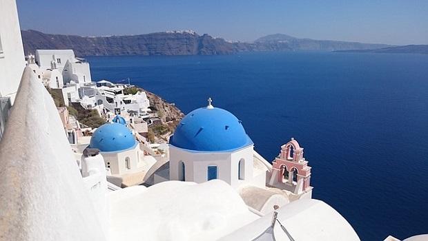 maisons blanches grecques