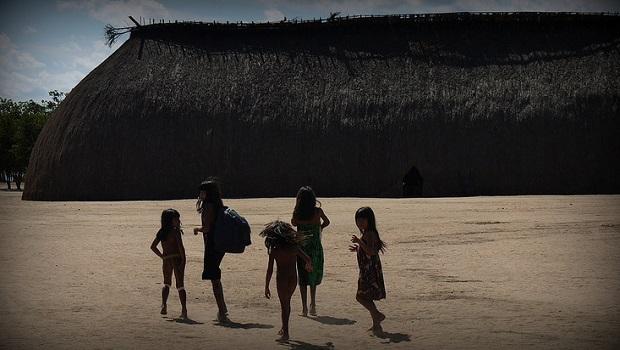 Les maisons longues du peuple Xingu