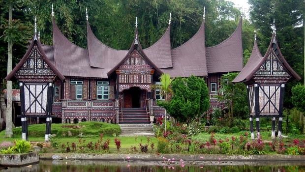 rumah gadang indonésie