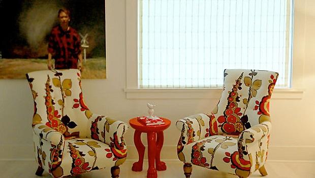 Des salons avec du mobilier vintage personnalisé