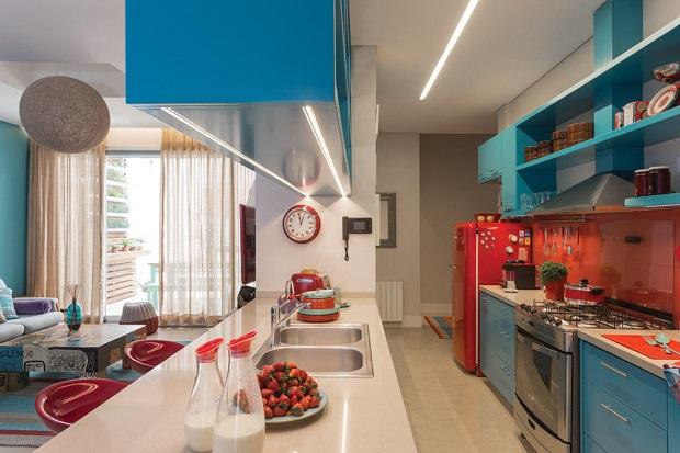 azure-blue-red-orange-kitchen_2