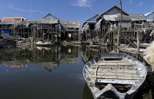 les maisons de Kompong Phluk