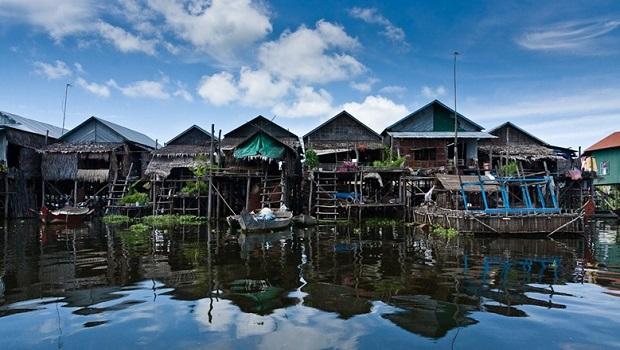 Les maisons sur pilotis de Kompong Phluk