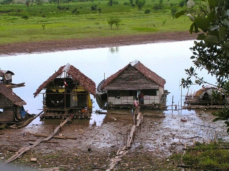 maisons flottantes iquitos