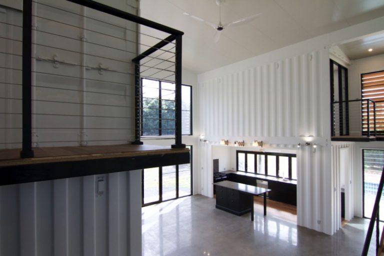 Une maison container de luxe avec des finitions int rieures haut de gamme - Maison avec container ...