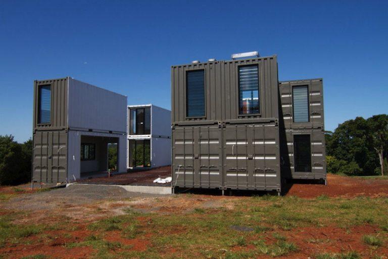 une maison container de luxe avec des finitions With jardin et piscine design 16 une maison container de luxe avec des finitions
