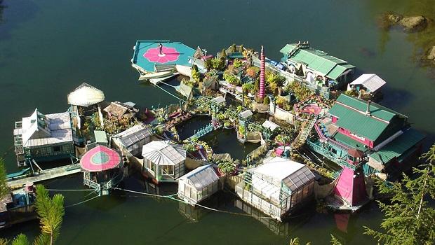 maison ile flottante