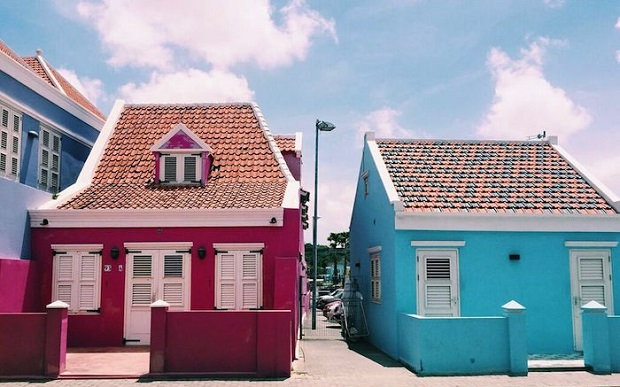 willemstad-maisons-colorees-9