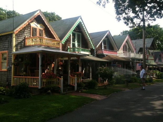 cottage-gingerbread-usa-13
