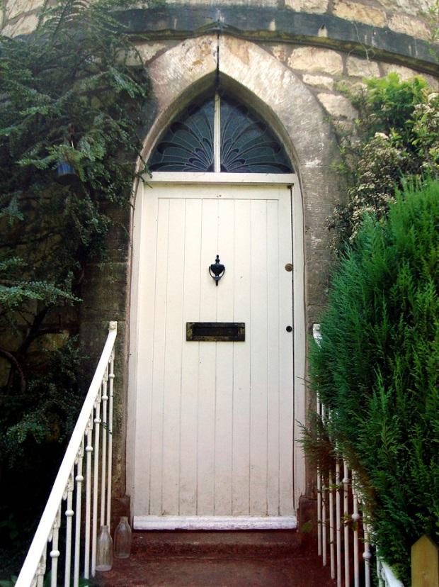 maison-dans-une-tour-de-pierre-a-chalford-6