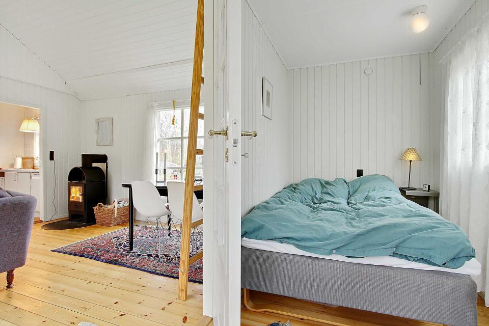 maison-ete-blanc-et-noir-danemark-5b