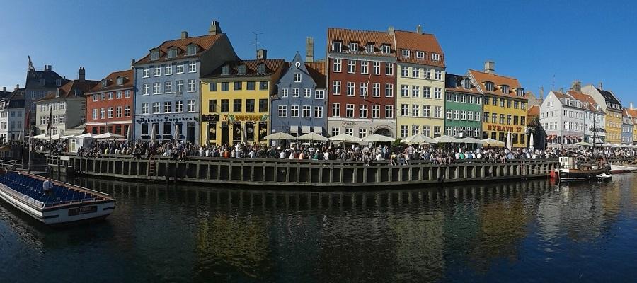 maisons-colorees-nyhavn-4