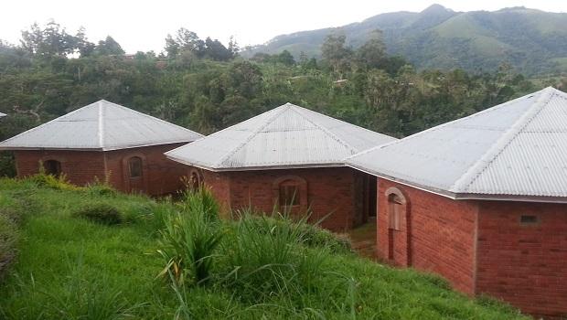 bungalow-brique-cameroun-1