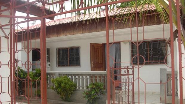 petite maison banjul