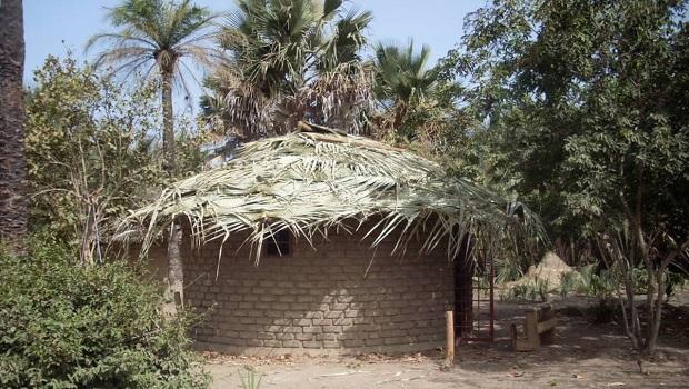 Hutte en briques de boue, Gambie