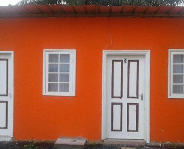 maison colorée libreville