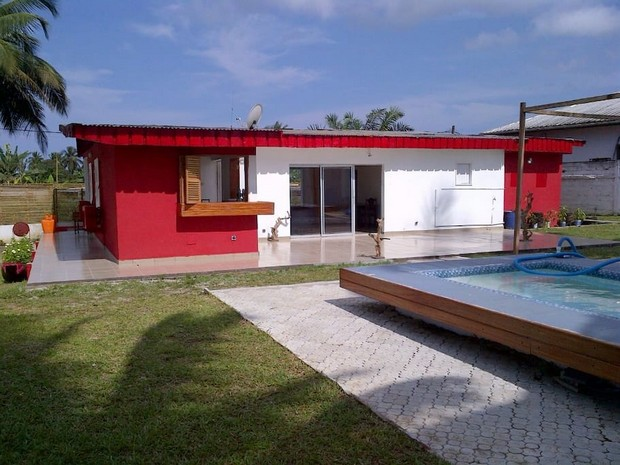 Maison rouge cameroun 3