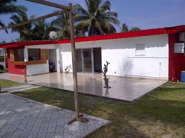 Maison rouge cameroun 5