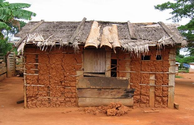 maisons traditionnelles au ghana