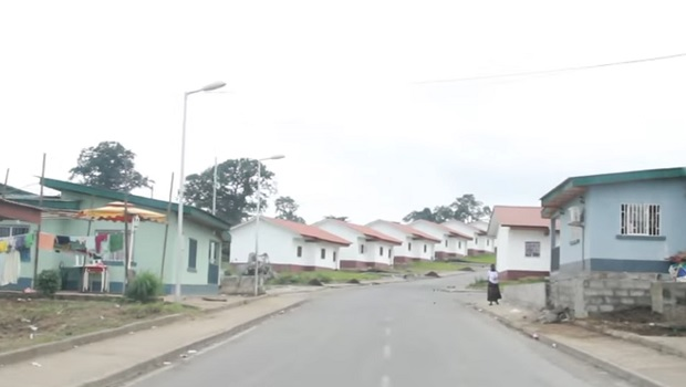 maisons ville guinée équatoriale