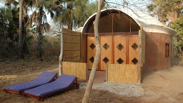 hutte moderne gambie