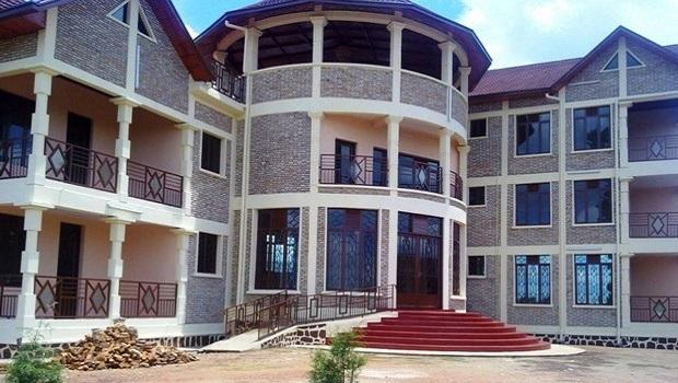 Villa de luxe au burundi for Les maison de luxe