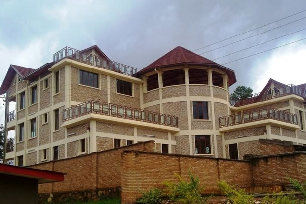 villa de luxe au burundi. Black Bedroom Furniture Sets. Home Design Ideas
