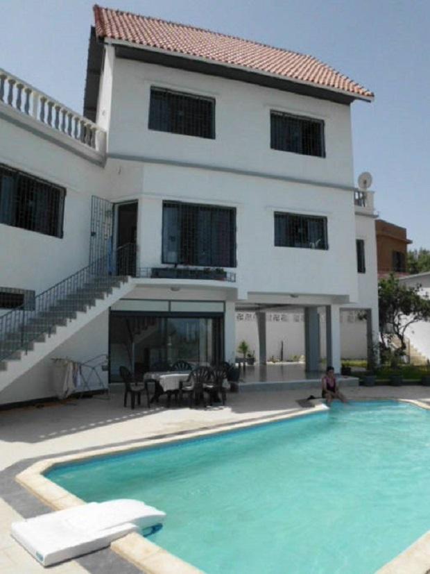 Villa En Algerie Avec Piscine