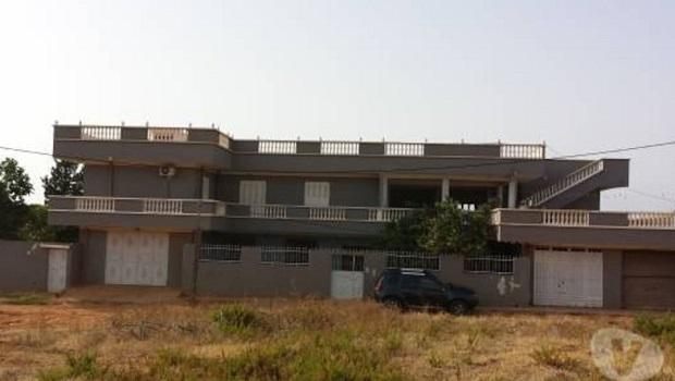 Grande villa typique de l'Algérie